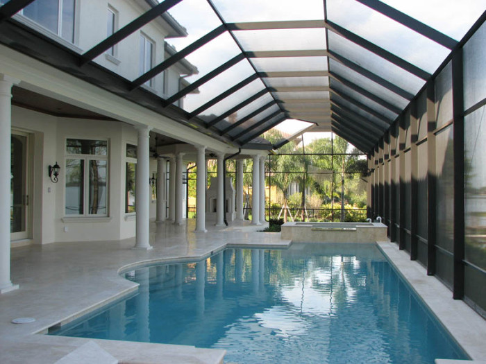 Swimming pool enclosure gallery armstrong aluminum for Swimming pool screen enclosures cost